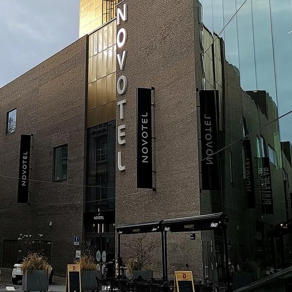 Collecte pour le Télévie par NOVOTEL Charleroi Centre