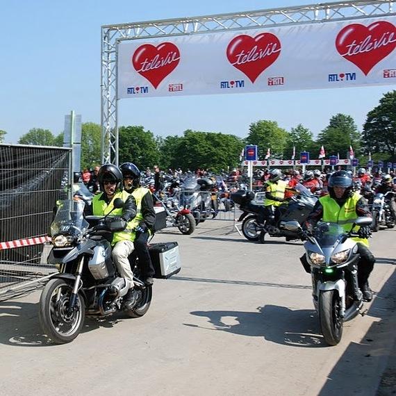 Encadrement du cortège moto : Tous ensemble pour la recherche